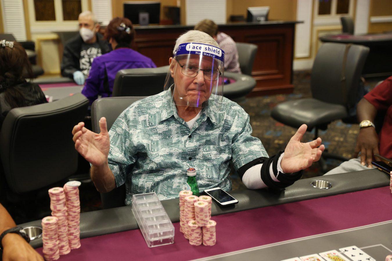 Kasino Las Vegas menyambut kembali pemain poker