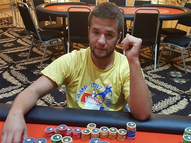 Ivan 'zufo16' Zufic Challenges dari Kroasia Untuk Posisi Teratas Poker Online
