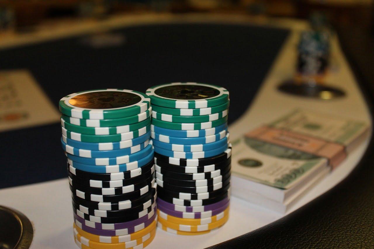 Empat Pelajaran Utama untuk dipelajari dari Dunia Poker