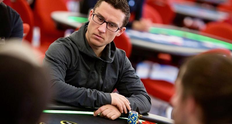 Daniel Dvoress Memenangkan Turnamen Poker High Roller Online seharga $ 394.852