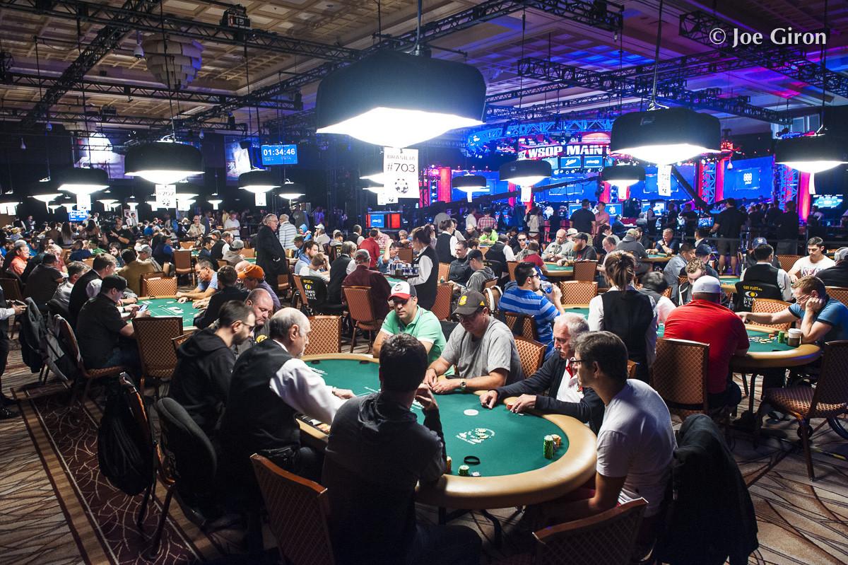 WSOP 2021: 8 Hal yang Harus Dibawa Pemain Poker ke WSOP - dan 2 Yang Tidak Seharusnya!